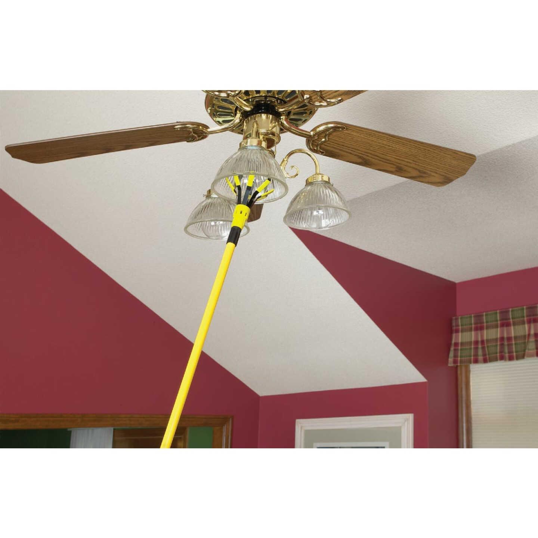 Bayco A-Line/Flood/Track Light Bulb Changer Kit with 11 Ft. Pole Image 2